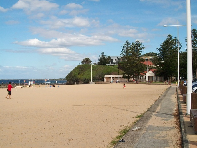 Austinmer Beach, Wollongong, surf beach, swimming