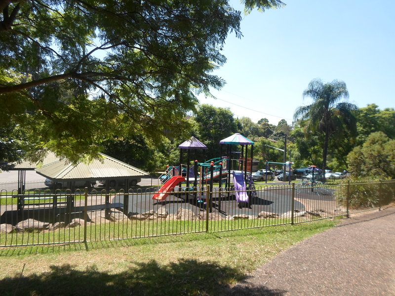 beatrice thompson park, beatrice thompson park hornsby, hornsby park, hornsby playground