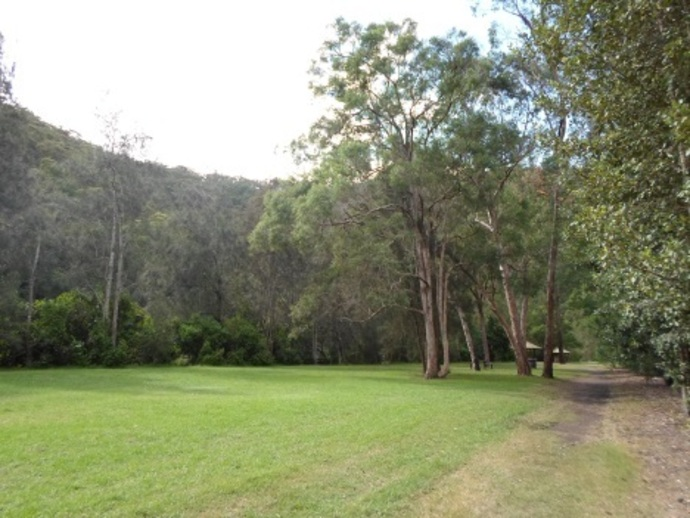 crosslands reserve family picnic berowra creek tables national park