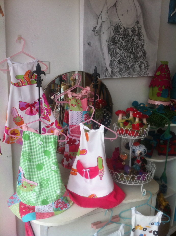 precious trinkets and treasures rozelle, hand made toys in sydney, art classes for kids in sydney