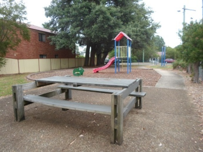 storey park play equipment hornsby