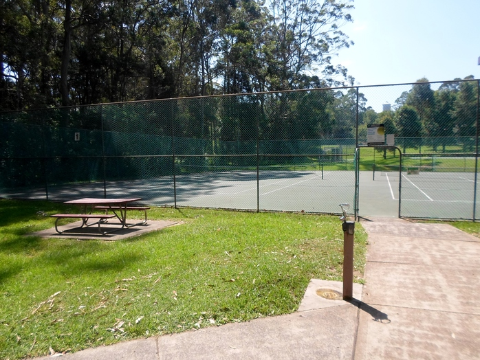 the glade reserve, the glade reserve wahroonga, the glade wahroonga, wahroonga park, wahroonga tennis courts, ku-ring-gai family park